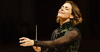 Mexican Classical Music Conductor Alondra de la Parra Makes History